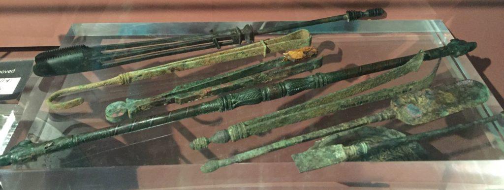 roman-medical-instruments_ashmoleon