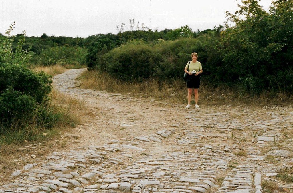 roman-road-ambrussum